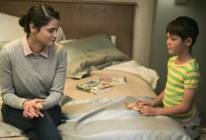 Room 104 Season 1 Episode 1 Melonie Diaz Ethan Kent