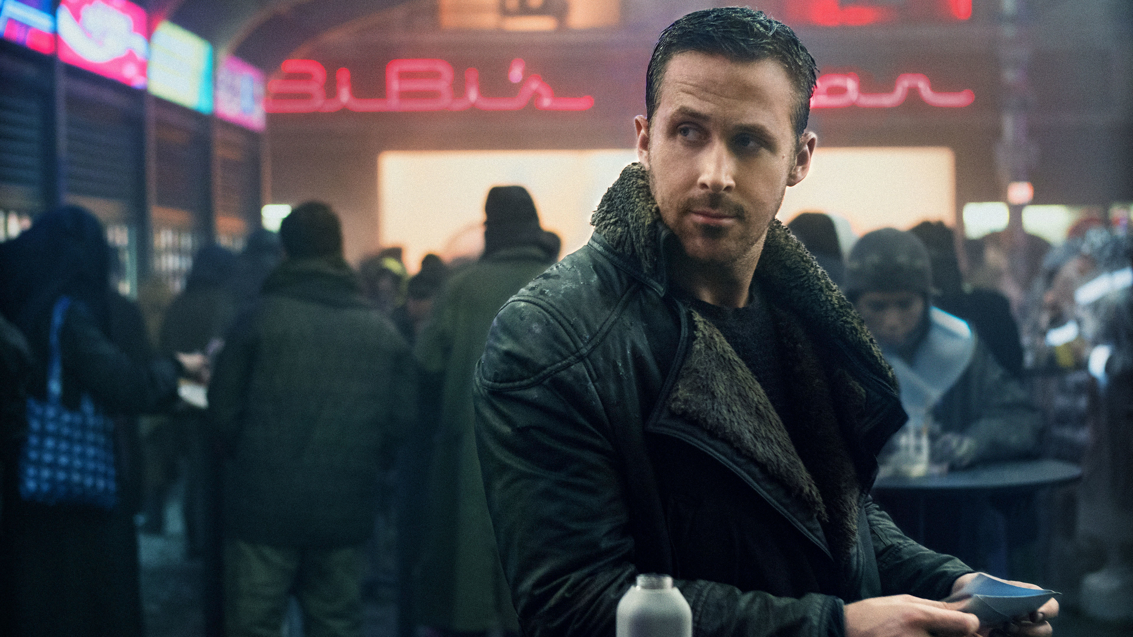 Blade Runner 2049 How The Costumes Were Made For Survival Indiewire
