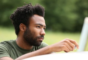 "ATLANTA -- ""The Jacket"" -- Episode 10 (Airs Tuesday, November 1, 10:00 pm e/p) Pictured: Donald Glover as Earnest Marks. CR: Quantrell Colbert/FX"