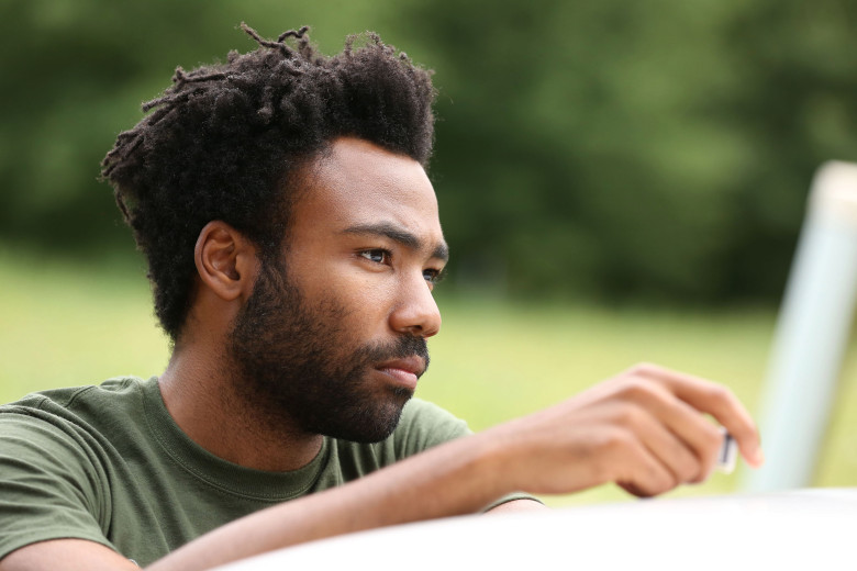 """ATLANTA -- """"The Jacket"""" -- Episode 10 (Airs Tuesday, November 1, 10:00 pm e/p) Pictured: Donald Glover as Earnest Marks. CR: Quantrell Colbert/FX"""