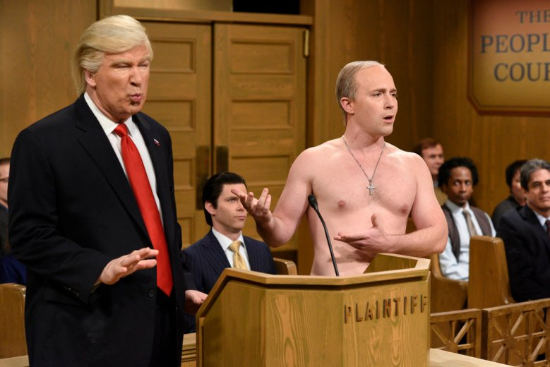 "SATURDAY NIGHT LIVE -- ""Alec Baldwin"" Episode 1718 -- Pictured: (l-r) Host Alec Baldwin as President Donald Trump and Beck Bennett as Russian President Vladimir Putin during the ""Trump People's Court"" sketch on February 11, 2017 -- (Photo by: Will Heath/NBC)"