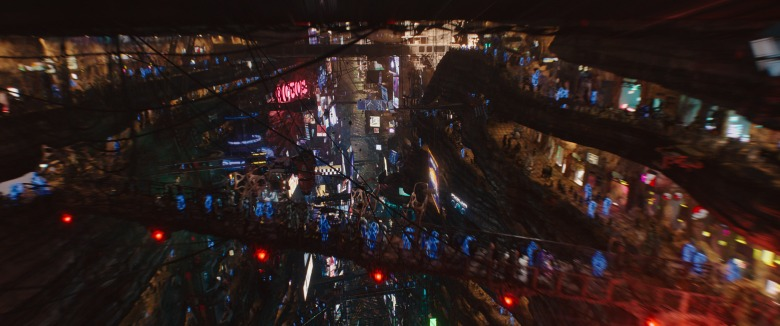 "The Big Market in ""Valerian and the City of a Thousand Planets"""