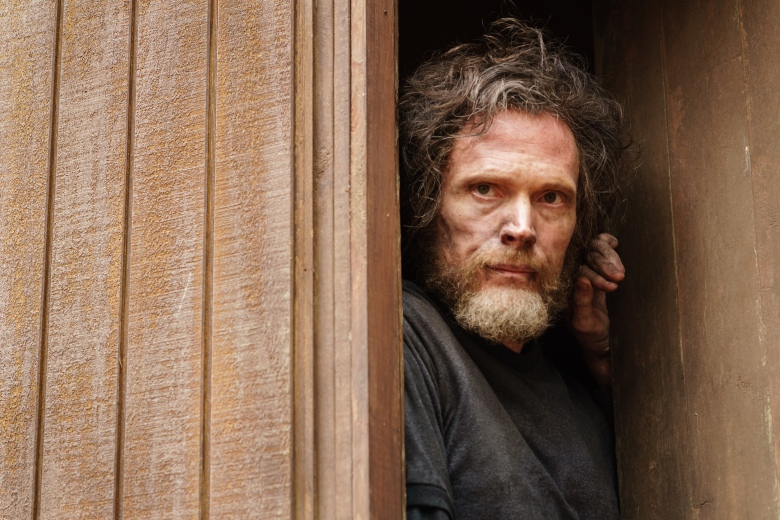 Paul Bettany as Ted Kaczynski. Manhunt: Unabomber episode 107.