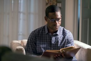"THIS IS US Sterling K. Brown NBC ""Moonshadow"" Randall"