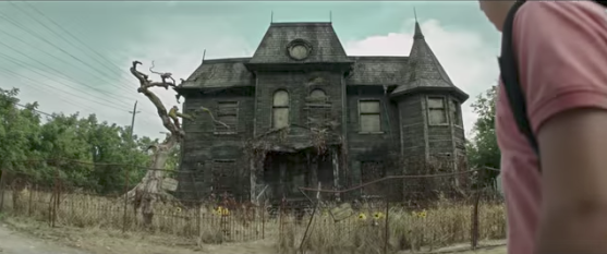 It Haunted House Coming To Hollywood And Now You Can