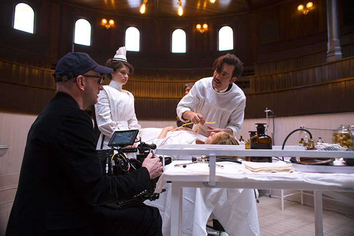 "Soderbergh shooting ""The Knick"""