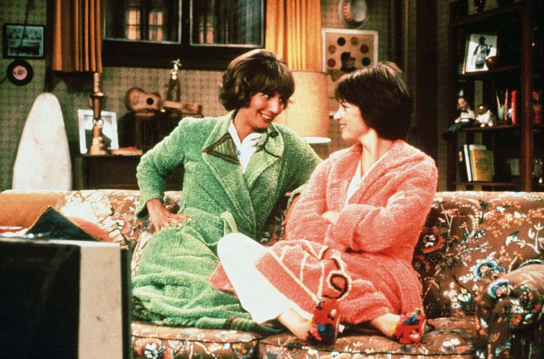No Merchandising. Editorial Use Only. No Book Cover Usage.Mandatory Credit: Photo by Paramount Television/Kobal/REX/Shutterstock (5882103f)Penny Marshall, Cindy WilliamsLaverne and Shirley - 1976-1983Paramount TelevisionLaverne & Shirley
