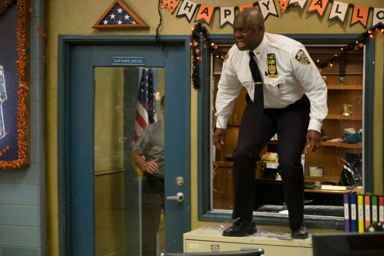 BROOKLYN NINE-NINE: Andre Braugher in the ÒHalloween IVÓ episode of BROOKLYN NINE-NINE airing Tuesday, Oct. 18 (8:00-8:31 PM ET/PT) on FOX. CR: John P Fleenor/FOX