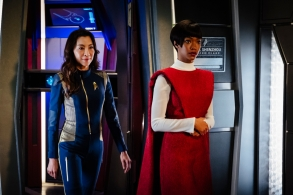 """""""Battle at the Binary Stars"""" -- Ep #102 -- Coverage of the CBS All Access series STAR TREK: DISCOVERY. Pictured (l-r): Michelle Yeoh as Captain Philippa Georgiou;  Sonequa Martin-Green as First Officer Michael Burnham. Photo Cr: Jan Thijs  © 2017 CBS Interactive. All Rights Reserved."""