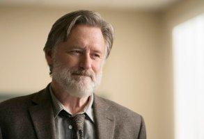"THE SINNER -- ""Part III"" Episode 103 -- Pictured: Bill Pullman as Detective Harry Ambrose -- (Photo by: Peter Kramer/USA Network)"