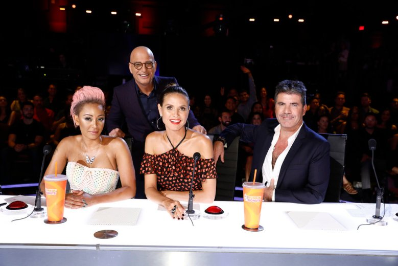 "AMERICA'S GOT TALENT -- ""Live Show 3"" -- Pictured: (l-r) Mel B, Howie Mandel, Heidi Klum, Simon Cowell -- (Photo by: Trae Patton/NBC)"