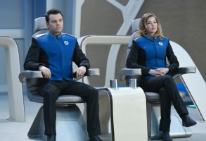 "THE ORVILLE: L-R: Seth MacFarlane and Adrianne Palicki in the ""If the Stars Should Appear"" episode of THE ORVILLE airing Thursday, Sept. 28 (9:01-10:00 PM ET/PT) on FOX. ©2017 Fox Broadcasting Co. Cr: Michael Becker/FOX"