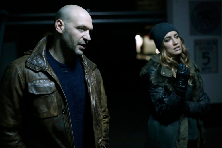 "THE STRAIN -- ""The Traitor"" - Season 4, Episode 9 (Airs September 10, 10:00 pm e/p) Pictured (l-r): Corey Stoll as Ephraim Goodweather, Ruta Gedmintas as Dutch Velares"