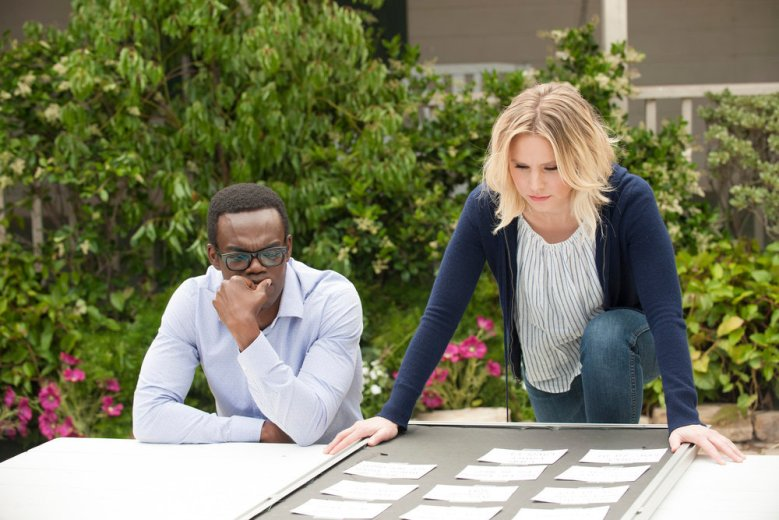 """THE GOOD PLACE -- """"Dance Dance Resolution"""" Episode 203 -- Pictured: (l-r) William Jackson Harper as Chidi, Kristen Bell as Eleanor Shellstrop -- (Photo by: Colleen Hayes/NBC)"""