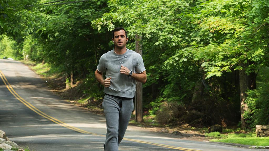 The Leftovers Justin Theroux jogging sweatpants