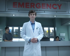 """THE GOOD DOCTOR - """"Catch of the Day"""" (ABC/Eike Schroter)FREDDIE HIGHMORE"""