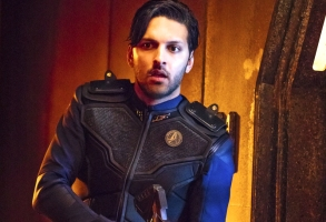 """""""Lethe"""" -- Episode 106 -- Pictured: Shazad Latif as Lieutenant Ash Tyler of the CBS All Access series STAR TREK: DISCOVERY. Photo Cr: Jan Thijs/CBS © 2017 CBS Interactive. All Rights Reserved."""