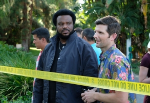 """GHOSTED: Pictured L-R:  Craig Robinson and Adam Scott in the """"Succubus"""" episode of GHOSTED airing Sunday, Oct. 15 (8:30-9:00 PM ET/PT) on FOX. ©2017 Fox Broadcasting Co. CR: Kevin Estrada/FOX"""