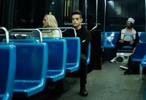 "MR. ROBOT -- ""eps3.0_power-saver-mode.h"" Episode 301 -- (Pictured: (l-r) Portia Doubleday as Angela Moss, Rami Malek as Elliot Alderson -- (Photo by: Peter Kramer/USA Network)"