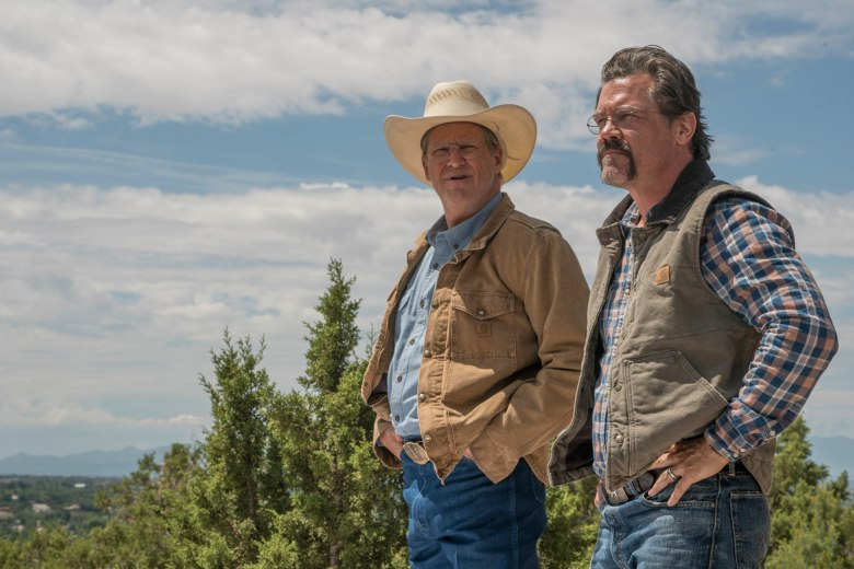 """""""Supe"""" Eric Marsh (Josh Brolin) and Fire Chief Duane Steinbrink (Jeff Bridges) at Lookout Point in Columbia Pictures' ONLY THE BRAVE."""