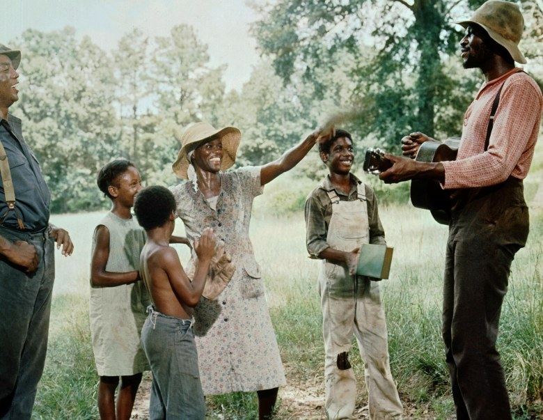 No Merchandising. Editorial Use Only. No Book Cover Usage.Mandatory Credit: Photo by 20th Century Fox/Kobal/REX/Shutterstock (5876489e)Paul Winfield, Yvonne Jarrell, Erick Hooks, Cicely Tyson, Kevin Hooks, Taj MahalSounder - 1972Director: Martin Ritt20th Century FoxUSAScene StillBlack Hollywood