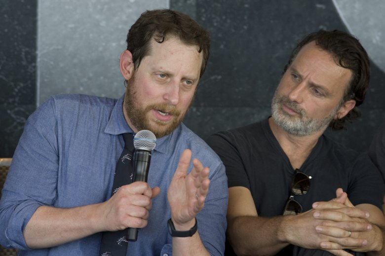 Us Writer and Producer Scott Gimple (l) and Actor Jeffrey Dean Morgan From the Us Horror Drama Television Series the Walking Dead Speak During a Press Conference in San Diego California Usa 22 July 2016 United States San DiegoUsa Television Tv Series - Jul 2016