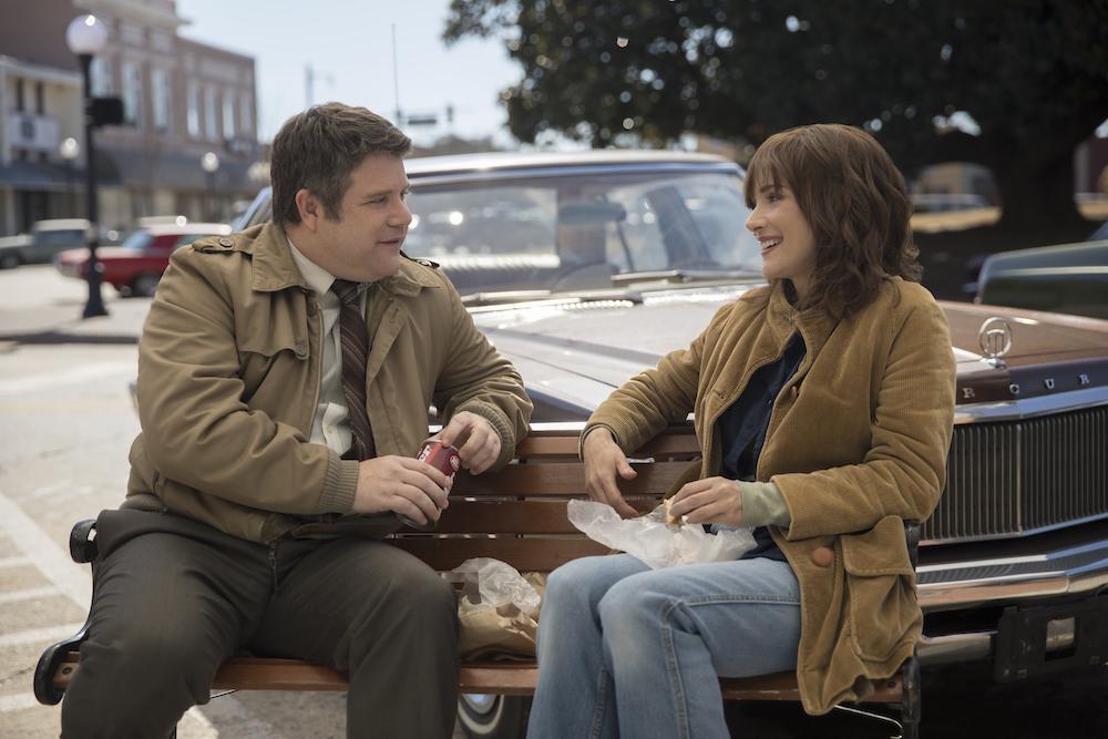 Stranger Things 2 Season 2 Episode 4 Sean Astin Winona Ryder