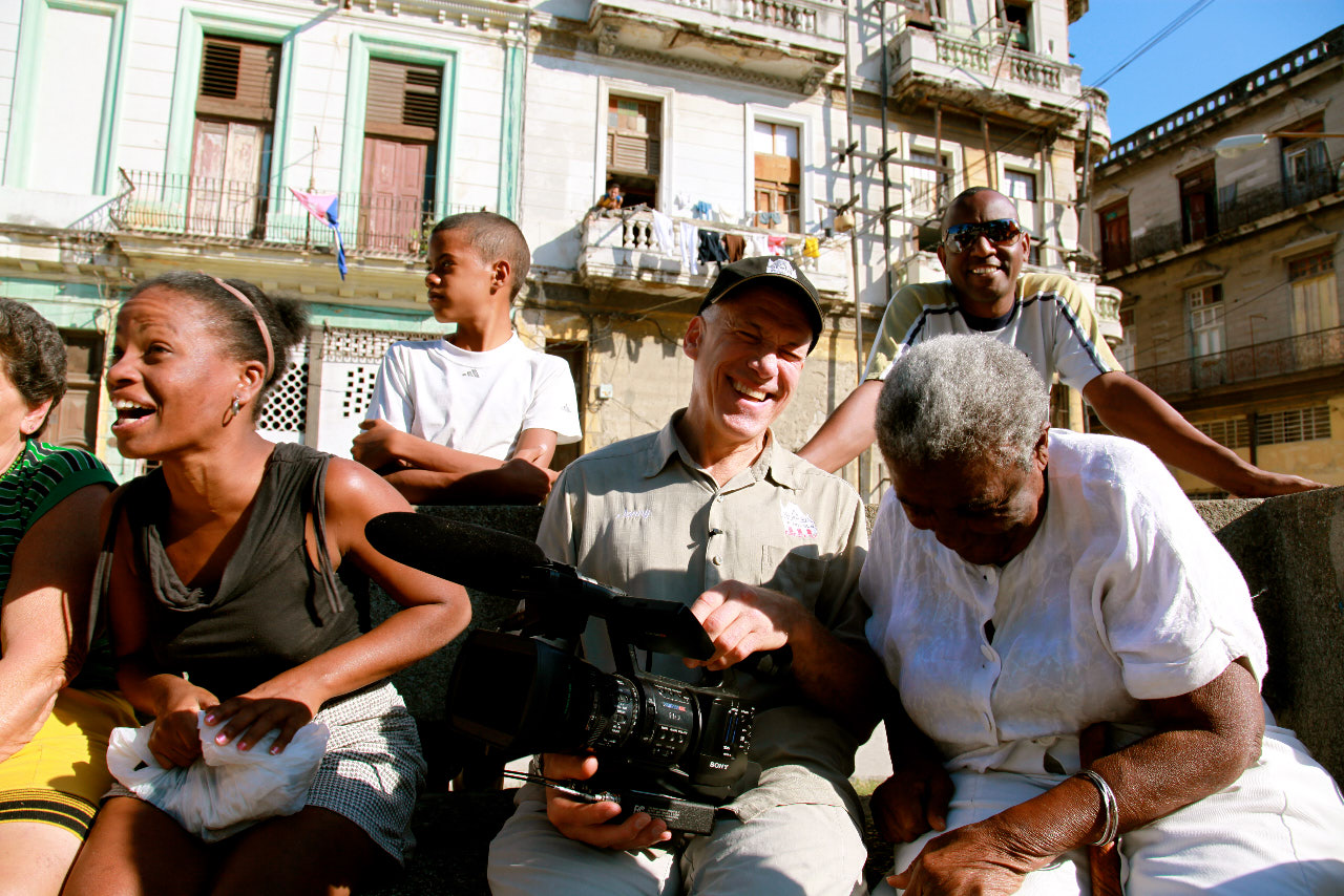 Cuba And The Cameraman Review An Vital Look At 50 Years Of Cuban Wiring Money To Life Indiewire