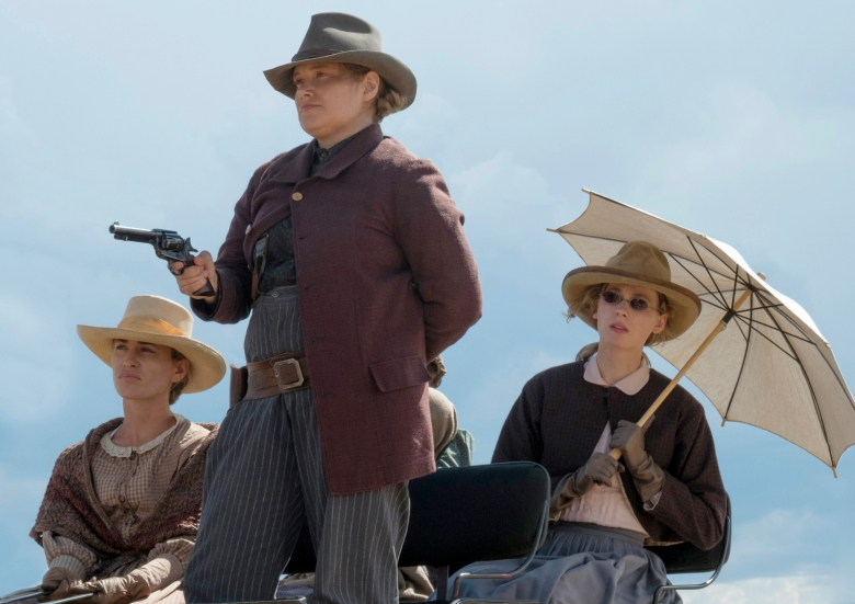 Godless Jim Good >> Godless Opening Credits Reveals A Dangerously Feminist Western