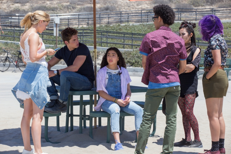 "MARVEL'S RUNAWAYS - ""Destiny"" - Episode 103 - The kids are reeling following last nightÕs events. As an investigation begins, they discover their parents may have more to hide than they could have imagined. Karolina Dean (Virginia Gardner) from left, Chase Stein (Gregg Sulkin), Molly Hernandez (Allegra Acosta), Alex Wilder (Rhenzy Feliz), Nico Minoru (Lyrica Okano) and Gert Yorkes (Ariela Barer), shown. (Photo by: Paul Sarkis/Hulu)"