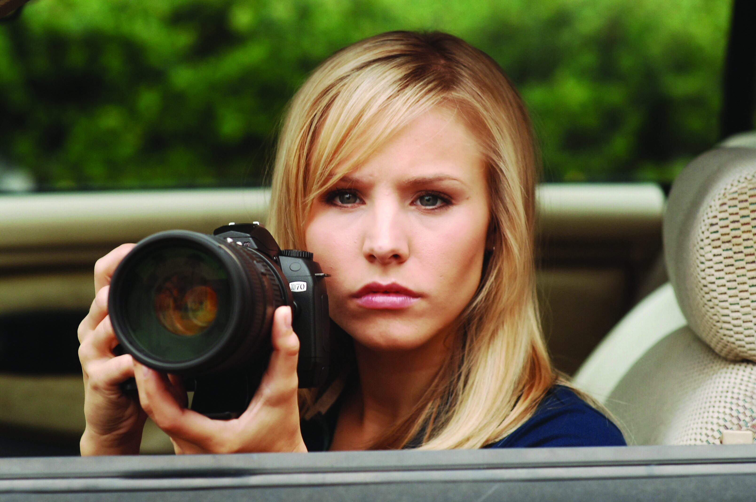'Veronica Mars' Officially Picked up by Hulu, Which Will Also Stream the First Three Seasons