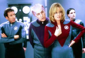 "SIGOURNEY WEAVER, TIM ALLEN AND ALAN RICKMAN ON A SET OF ""GALAXY QUEST"".TIM ALLEN ON A SET OF GALAXY REQUEST."