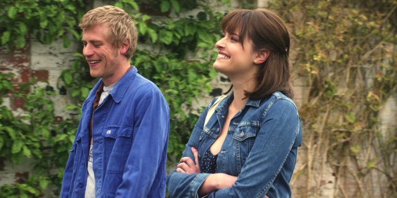 "Johnny Flynn and Hannah Britland, ""Lovesick"""