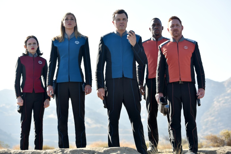 "THE ORVILLE: L-R: Halston Sage, Adrianne Palicki, Seth MacFarlane, J Lee and Scott Grimes in the season finale ""Identity"" episode of THE ORVILLE airing Thursday, Dec. 7 (9:01-10:00 PM ET/PT) on FOX. ©2017 Fox Broadcasting Co. Cr: Michael Becker/FOX"