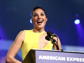 PALM SPRINGS, CA - JANUARY 02:  Gal Gadot accepts Rising Star onstage at the 29th Annual Palm Springs International Film Festival Awards Gala at Palm Springs Convention Center on January 2, 2018 in Palm Springs, California.  (Photo by Rich Fury/Getty Images for Palm Springs International Film Festival ) *** Local Caption *** Gal Gadot