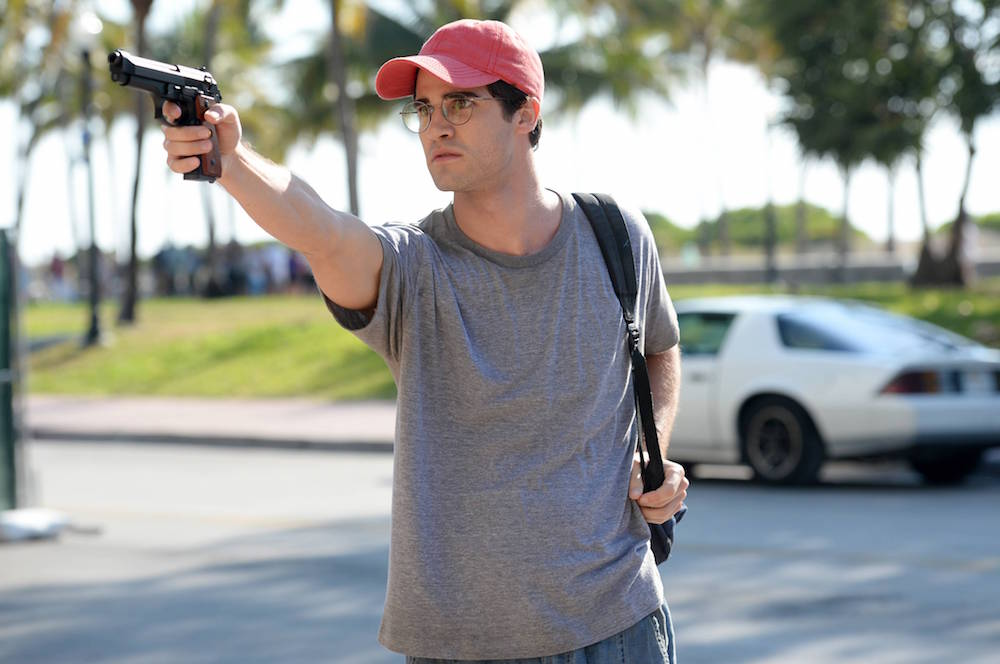 """THE ASSASSINATION OF GIANNI VERSACE: AMERICAN CRIME STORY """"The Man Who Would Be Vogue"""" Episode 1 (Airs Wednesday. January 17, 10:00 p.m. e/p) -- Pictured: Darren Criss as Andrew Cunanan. CR: Jeff Daly/FX"""
