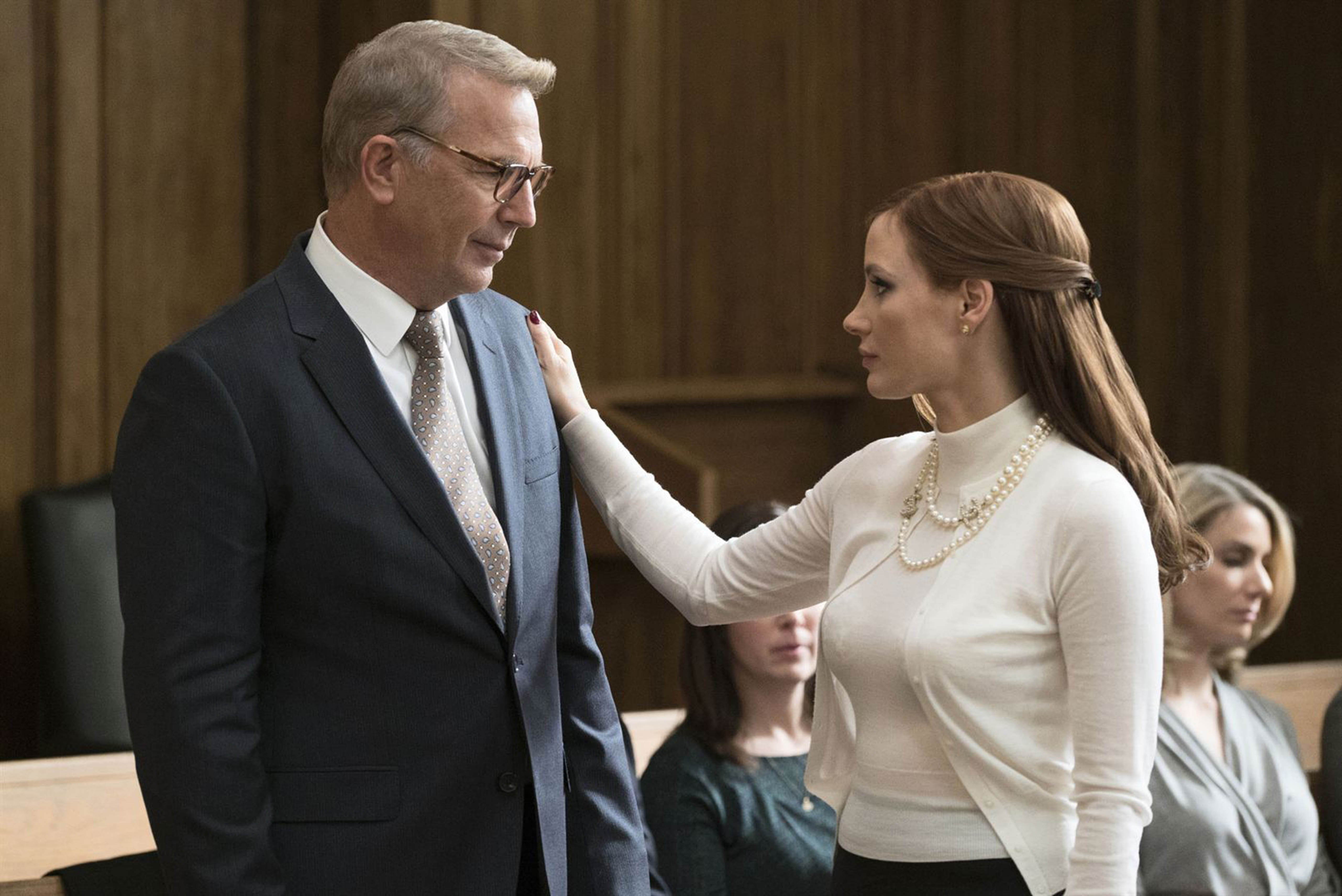 No Merchandising. Editorial Use Only. No Book Cover Usage Mandatory Credit: Photo by Moviestore/REX/Shutterstock (9227603o) Kevin Costner, Jessica Chastain Molly's Game - 2017