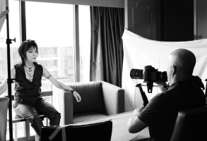 "Kevin Kerslake shooting Joan Jett for ""Bad Reputation"""