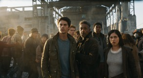 69C-4a_2880x1620_R_CROP(L-R) Thomas (Dylan O'Brien), Newt (Thomas Brodie-Sangster), Cranks leader Jorge (Giancarlo Esposito), Frypan (Dexter Darden) and Brenda (Rosa Salazar).Photo credit: Courtesy Twentieth Century Fox
