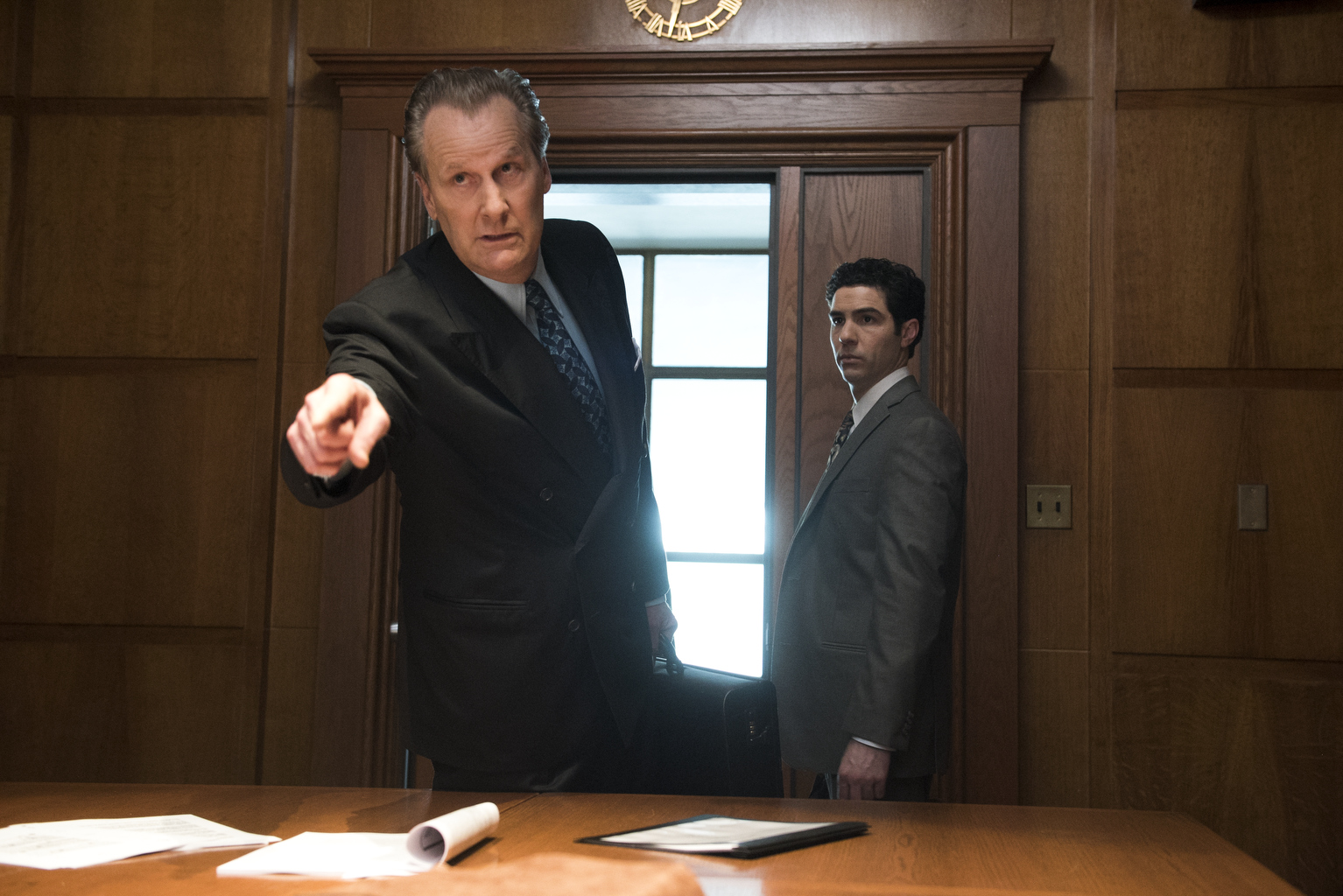 "THE LOOMING TOWER -- ""Losing My Religion"" - Episode 102 - Following the simultaneous embassy bombings in Kenya and Tanzania, the FBI begins its investigation on the ground while the CIA starts working on a retaliation plan. John O'Neill (Jeff Daniels) and Ali Soufan (Tahar Rahim), shown. (Photo by: JoJo Whilden/Hulu)"