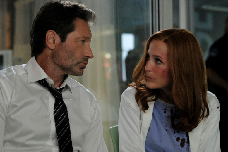 "THE X-FILES: L-R: David Duchovny and Gillian Anderson in the ""My Struggle III"" season premiere episode of THE X-FILES airing Wednesday, Jan. 3 (8:00-9:00 PM ET/PT) on FOX. ©2017 Fox Broadcasting Co. Cr: Robert Falconer/FOX"