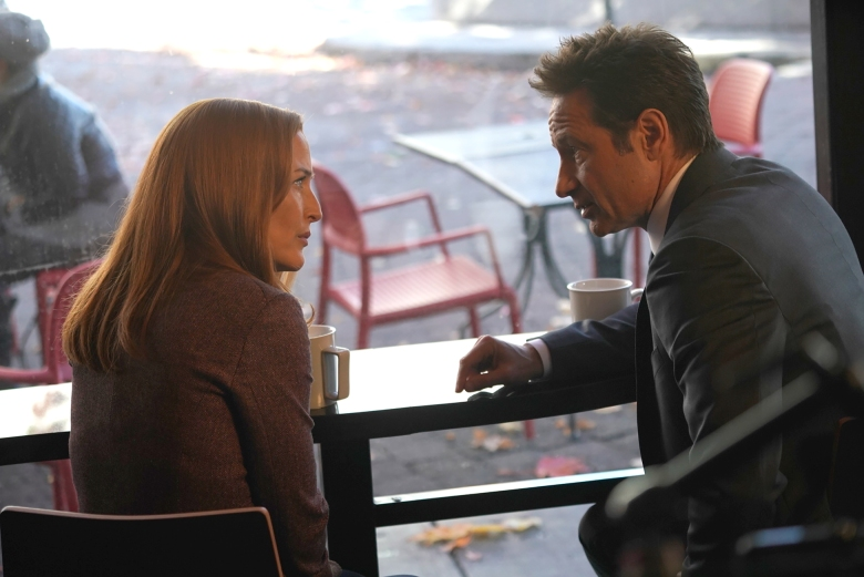 "THE X-FILES: L-R: Gillian Anderson and David Duchovny in the ""Ghouli"" episode of THE X-FILES airing Wednesday, Jan. 31 (8:00-9:00 PM ET/PT) on FOX. ©2018 Fox Broadcasting Co. Cr: Shane Harvey/FOX"