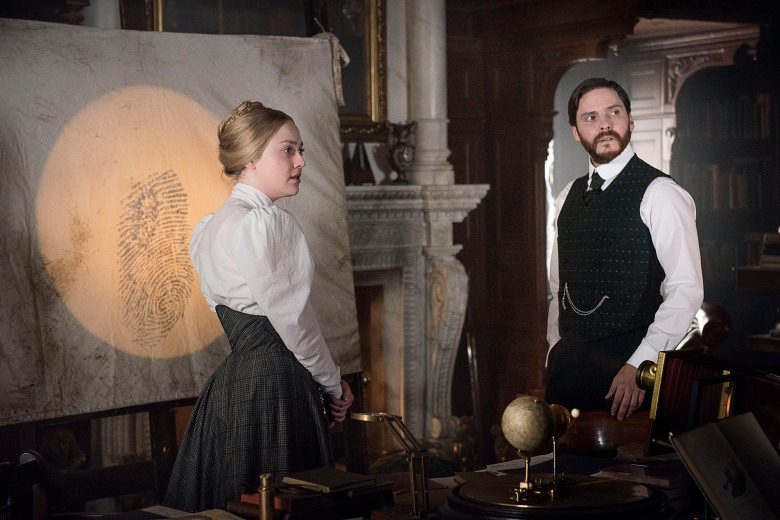 "Dakota Fanning and Daniel Bruhl, ""The Alienist"""