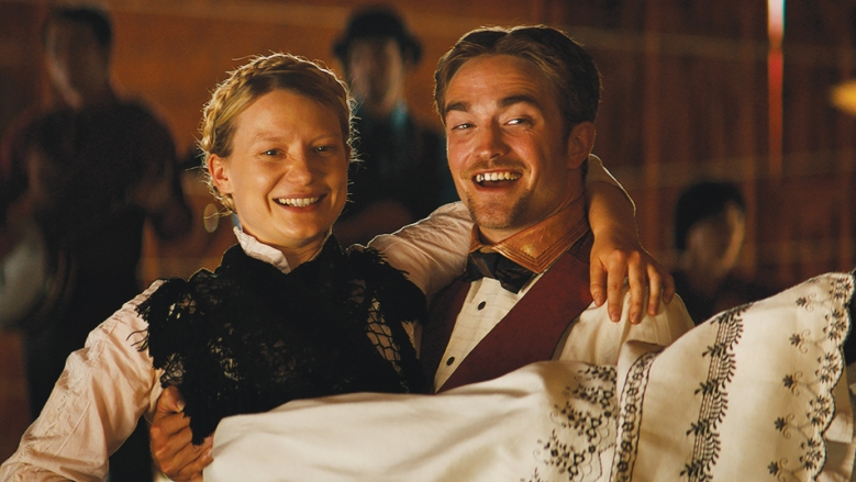 Mia Wasikowska and Robert Pattinson appear in <i>Damsel</i> by David Zellner and Nathan Zellner, an official selection of the Premieres program at the 2018 Sundance Film Festival. Courtesy of Sundance Institute | photo by Adam Stone. All photos are copyrighted and may be used by press only for the purpose of news or editorial coverage of Sundance Institute programs. Photos must be accompanied by a credit to the photographer and/or 'Courtesy of Sundance Institute.' Unauthorized use, alteration, reproduction or sale of logos and/or photos is strictly prohibited.