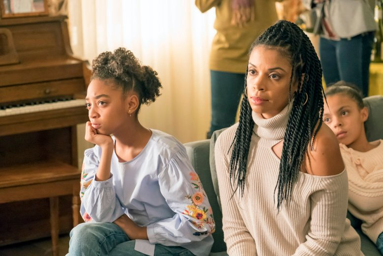 THIS IS US -- Episode 214 -- Pictured: (l-r) Eris Baker as Tess, Susan Kelechi Watson as Beth -- (Photo by: Ron Batzdorff/NBC)
