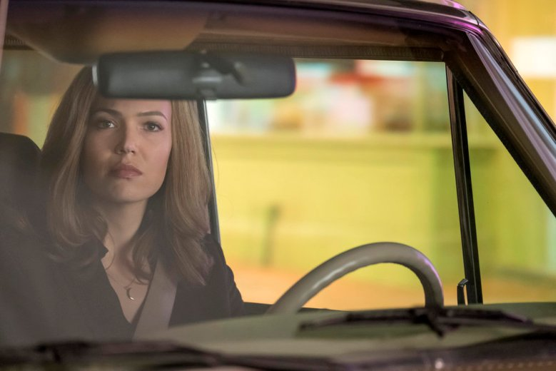 "THIS IS US -- ""The Car"" Episode 215 -- Pictured: Mandy Moore as Rebecca Pearson -- (Photo by: Ron Batzdorff/NBC)"