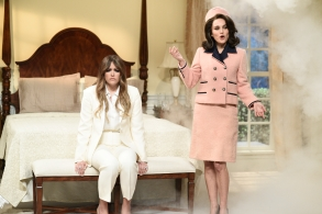 "SATURDAY NIGHT LIVE -- Episode 1738 ""Natalie Portman"" -- Pictured: (l-r) Cecily Strong as Melania Trump, Natalie Portman as Jackie Kennedy during ""First Lady"" sketch in Studio 8H on Saturday, February 3, 2018 -- (Photo by: Will Heath/NBC)"