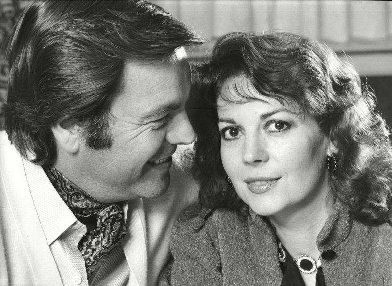 Robert Wagner And Wife Natalie Wood Both Actors 1980. Robert Wagner And Wife Natalie Wood Both Actors 1980.