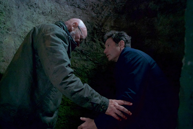 "THE X-FILES:  L-R:  Mitch Pileggi and David Duchovny in the ""Kitten"" episode of THE X-FILES airing Wednesday, Feb. 7 (8:00-9:00 PM ET/PT) on FOX.  ©2018 Fox Broadcasting Co.  Cr:  Shane Harvey/FOX"