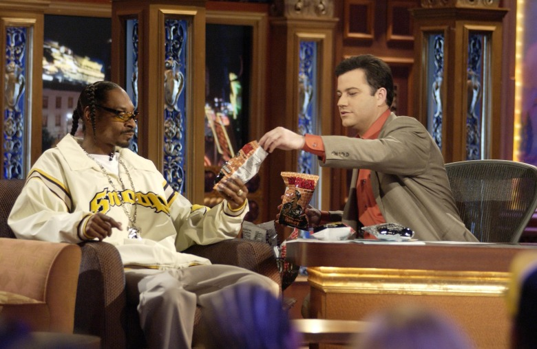 No Merchandising. Editorial Use Only. No Book Cover Usage.Mandatory Credit: Photo by ABC-TV/Kobal/REX/Shutterstock (5886171ck) Snoop Doggy Dogg, Jimmy Kimmel Jimmy Kimmel Live - 2003 ABC-TV USA Television